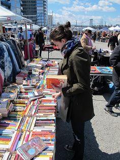 para aqueles que param sempre que encontram uma banquinha vendendo livros!