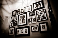 Decorate Your Wall with Collage Photo Frames Gallery Wall Frames, Collage Frames, Frames On Wall, Gallery Walls, Collages, Picture Arrangements, Frame Arrangements, Collage Photo, Photo Wall Art