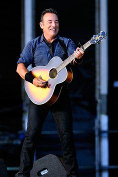 Bruce Springsteen - Hard Rock Calling 2013 - Day 2