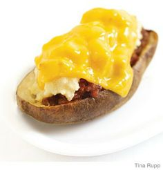 Cheeseburger Stuffed Potatoes - easy and yummy! for a variation, try seasoning the meat with taco seasoning instead. :)