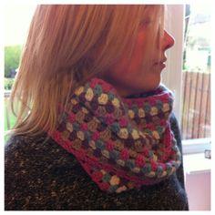 crochet cowl ................