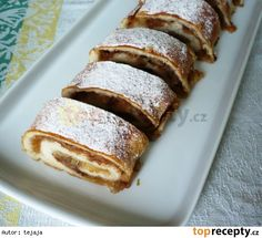 Jablkový rychlý závin Strudel, Dessert Recipes, Desserts, Banana Bread, French Toast, Cabbage, Sweet Home, Food And Drink, Cupcakes