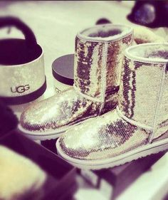 Cute Boots UGG Outlet! $99 OMG!! Holy cow, I'm gonna love this site
