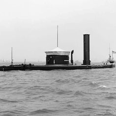 How Technology Shaped the Civil War Secession not only spurred rapid improvements in warships and weapons, but also led to advances in communications and medicine Naval History, Us History, Military History, American Civil War, American History, Uss Monitor, Civil War Art, Us Navy Ships, Civil War Photos