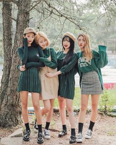 Black socks my personal style in 2019 mode coréenne, s'habil Korean Fashion Trends, Korean Street Fashion, Korea Fashion, Asian Fashion, Cute Fashion, Look Fashion, Girl Fashion, Fashion Outfits, Fashion Ideas