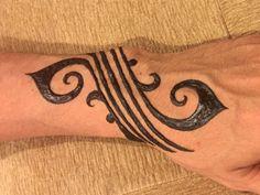 back tattoos for men cross Henna Tattoo Hand, Henna Mehndi, Henna Arm, Henna Body Art, Henna Tattoo For Men, Henna Tattoos, Mehendi, Henna Hand Designs, Henna Designs For Men