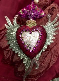 Relics and Artifacts flame, wings and sacred heart Christimas decor. La Madone, I Love Heart, Mexican Folk Art, Sacred Heart, Heart Art, Heart Jewelry, Religious Art, Altered Art, Bunt