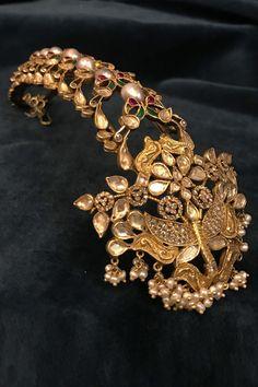 Tarun Tahiliani, Raw Silk Lehenga, India Jewelry, Cutwork, Designer Wear, Antique Gold, Beads, Collection, Stuff To Buy