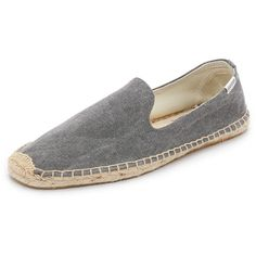 Soludos Washed Canvas Smoking Slippers (185 PEN) ❤ liked on Polyvore featuring men's fashion, men's shoes, men's slippers, dark grey, mens canvas shoes, mens smoking slippers and mens breathable shoes
