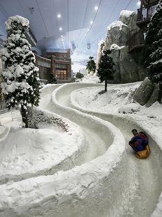 Ski Dubai, Dubai, UAE: Ski Dubai is an indoor ski resort with 22,500 square meters of indoor ski area. It is a part of the Mall of the Emirates, one of the largest shopping malls in the world, located in Dubai, United Arab Emirates.
