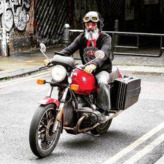 #easyrider #motorcycle #classic #theurbanbeard #theyseemerollin #shoreditch #london
