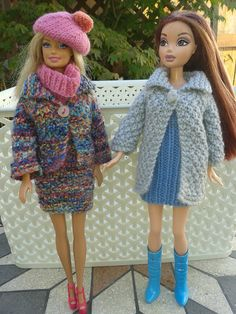 Ravelry: Barbies Autumn Outfits pattern by linda Mary The pattern is for a suit with jacket and skirt, a longer coat all in double knit yarn worked in a double moss stitch pattern. Sewing Barbie Clothes, Knitting Dolls Clothes, Barbie Clothes Patterns, Crochet Doll Clothes, Knitted Dolls, Girl Doll Clothes, Clothing Patterns, Barbie Knitting Patterns, Ravelry