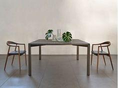 Table à manger GREGORIO - MG12