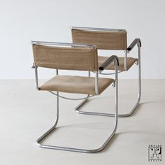 Bauhaus cantilever chair B 34 by Marcel Breuer, produced by Thonet-Mundus, 1930s - 850€ each