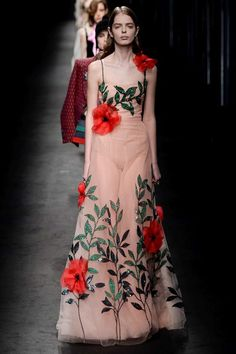 See the Gucci autumn/winter 2016 collection. Click through for full gallery at vogue.co.uk