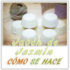 Uno de mis jabones preferidos es el jabón de jazmín, tanto por la propiedades que notas y lo notan en tu piel, así como su aroma. Hoy vamos a preparar de una forma sencilla este jabón natural casero de jazmín. Para ello necesitaras los siguientes ingredientesINGREDIENTES ÁLCALI68,8 g de sosa caustica174 g de agua destilada INGREDIENTES GRASOS300 g de oleato de jazmín150 g de aceite de coco40 g de ...