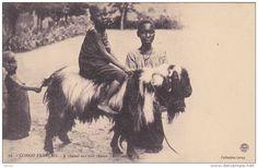 CONGO FRANCAIS , 00-10s ; A cheval sur une chevre - Brazzaville