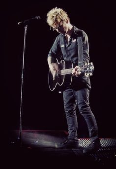 Billie Joe Armstrong 21 Guns