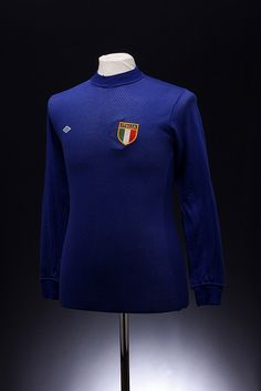 Italy Football Shirt (1970 World Cup)