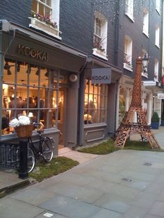 Oct 2009 St. Christopher's Place: Our first Parisian boutique in London opens! http://www.kookai.co.uk/store-locator/