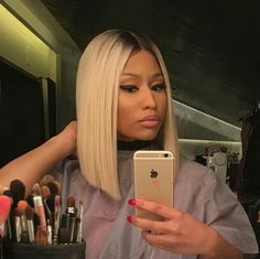 Long ombre bob Nicki Minaj