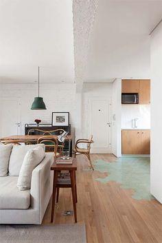 Decoração: Azulejo e madeira no piso