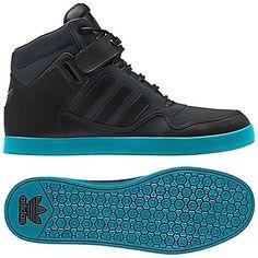 70b1a9e42aa341 Men s Originals  Iconic Shoes