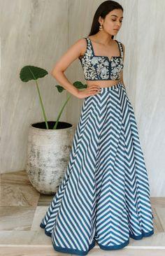 Lehenga Designs, Kurta Designs, Blouse Designs, Chevron Skirt, Blue Chevron, Stylish Dresses For Girls, Simple Dresses, Indian Look, Indian Wear