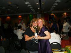 Malu e Gabriela comemorando o 4º Lugar da LUMI Alagoas