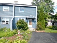54 Heather, Unit 54-1, Colchester, Vermont 2 lvl / 2 bed / 2 bath 1,080 sq ft $189,000 // $80/month HOA
