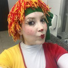 A Boneca Emília pronta pra passear pela feira do livro de Lajeado-RS.