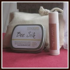 2 Pack Beesilk in Gift Bag. Comes in a muslin gift bag, with a pocket size Beesilk bar and a natural lip balm. Perfect small gift to show your appreciation! | HardLotion.com #skincare #moisturize #lipbalm