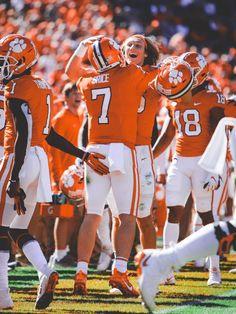Clemson Clemson Football, Clemson Tigers, College Football, Baseball, Orange Is The New Black, Orange And Purple, Fight Tiger, National Championship, School Spirit