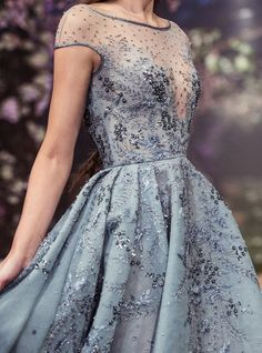 aishwaryaraii: 8 Looks from Paolo Sebastian Once Upon a Dream S/S 2018 Haute Couture Style Haute Couture, Couture Fashion, Couture Details, Evening Dresses, Prom Dresses, Formal Dresses, Couture Dresses, Fashion Dresses, Couture Clothes