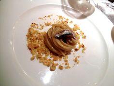 Spaghetti pane burro e alici stellati di @magorabin con @alterkitchen - #socialfoodewine - Ph. E. Giorgini