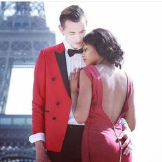 Gorgeous interracial couple photography at the Eiffel Tower in Paris #love #wmbw #bwwm #swirl