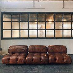 Traditional Interior, Contemporary Interior, Interior Styling, Interior Decorating, Interior Design, Cool Furniture, Furniture Design, Parisian Decor, Modular Lounges