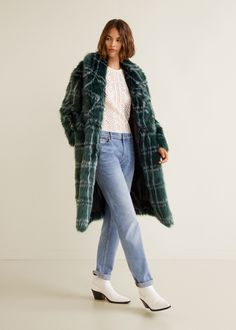 Online Exclusive Long design Faux fur fabric Check-pattern Lapels Long sleeve Two side pockets One press stud fastening Inner lining Fashionista Trends, Fur Jacket, Fur Coat, Mango Fashion, Cardigan Fashion, Mantel, Faux Fur, Winter Outfits, Winter Fashion