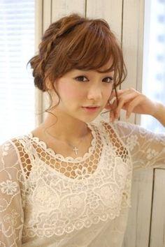 【かわいい】結婚式(ウェディング)・披露宴・パーティーで役立つヘアアレンジ【髪型・ヘアスタイル】 - NAVER まとめ
