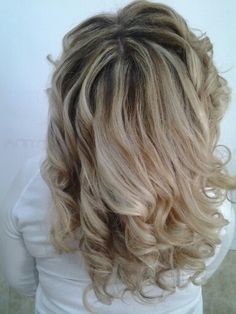 #overturejoelle2015#hairstyles#blond#degradé#evoluscion#colorazioneverticale#chenoncrearicrescita# #Nuancedelicate#puntiluce#gradazione#starlight@provaanchetu#emotionjoelle@santinaquasada#tel0781/33809#