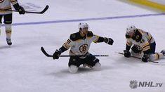 The best reactions from across the NHL. Hockey Gif, Hockey Goalie, Hockey Teams, Hockey Players, Hockey Stuff, Hockey Rules, Rangers Hockey, Boston Bruins Funny, Boston Bruins Hockey