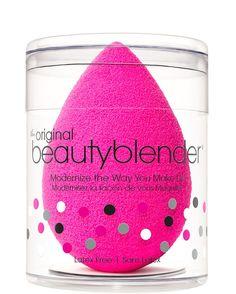 Beautyblender Original   De Beautyblender is een zachte spons om make-up aan te brengen op het gezicht. Het unieke design zorgt voor een vlekkeloze en egale teint.
