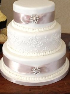 3 tier cake with royal iced detailing 3 Tier Cake, Tiered Cakes, Wedding Cakes, Desserts, Food, Crack Cake, Three Tier Cake, Wedding Gown Cakes, Tailgate Desserts