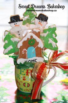Food Photography Sweet Dreams Bakeshop Saskatoon - Home Christmas Cookies Packaging, Christmas Cookies Gift, Cookie Packaging, Homemade Christmas Gifts, Christmas Gingerbread, Bolacha Cookies, Galletas Cookies, Easter Cookies, Sugar Cookies