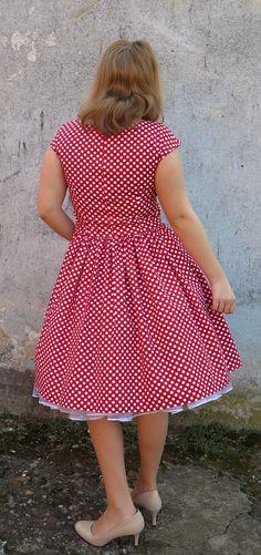 Šaty červené puntíkaté vel 38 40 na zakázku   Zboží prodejce MiaModels f8ff64a208