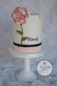 Flower cake with handpainted name - Bespoke original cake design by Tastefully Yours Cake Art Gorgeous Cakes, Pretty Cakes, Cute Cakes, Amazing Cakes, Elegant Birthday Cakes, Birthday Cakes For Women, Elegant Cakes, Mini Birthday Cakes, Happy Birthday