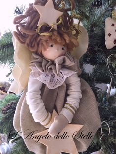 Handmade by Katy Angel Ornaments, Christmas Ornaments, Diy And Crafts, Arts And Crafts, Felt Angel, Fabric Brooch, Book Folding, Soft Dolls, Doll Toys