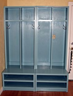 Entryway lockers and charging station