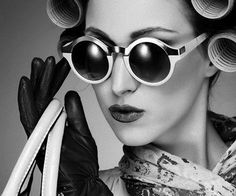 www.backlight-studio.de  Das Studio für In- und Outdoor Aufnahmen in den Bereichen: Business / Fashion / Beauty & Advertising.