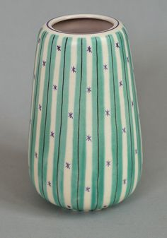 Poole pottery Freeform vase in the YMT design, mid-1950's.